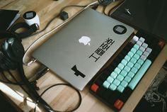 XXIIVV ∴ Keyboard