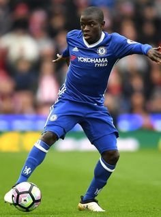 N'Golo Kante Photos - N'Golo Kante of Chelsea in action during the Premier League match between Stoke City and Chelsea at Stadium on March 2017 in Stoke on Trent, England. - Stoke City v Chelsea - Premier League Fc Chelsea, Chelsea Football, Neymar, Chelsea Premier League, Chelsea Fc Players, N Golo Kante, Watch Football, Stoke City, Stamford Bridge