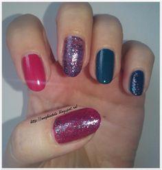 Unghiutze colorate-Happy nails: Review Lac Ultrarezistent Farmec