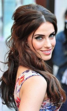 Jessica Lowndes Half Up, Half Down Hairstyle: Brunette bombshell Down Curly Hairstyles, Celebrity Hairstyles, Pretty Hairstyles, Wedding Hairstyles, Bridal Hairstyle, Easy Hairstyle, Brunette Hairstyles, Hairstyles 2018, Hairstyle Ideas