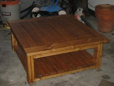 Tryde Coffee Table with shelf