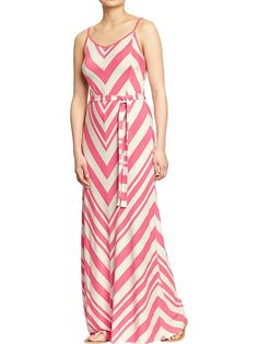 I know I'm pinning a lot of maxis but I figure I can always hem one to the length I want