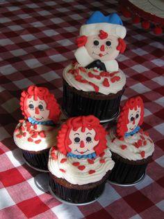 raggedy ann cupcakes