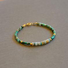 """Bracelet fantaisie pierres opales, turquoises et amazonites : Modèle """"Alisa"""" : Bracelet par kanakeis"""