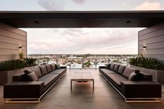 JAM Architects have designed the Coppin Penthouse in Melbourne, Australia.