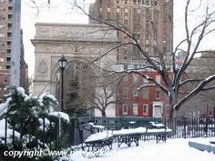Google Image Result for http://www.nyc-photo-gallery.com/Galleries/Greenwich_Village-Snow/xmas-storm-village-004.jpg Washington Square Park