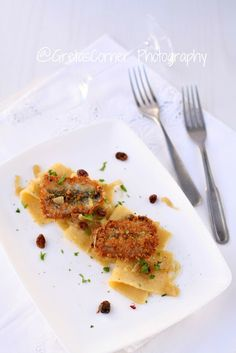 crestaglie di polenta con sarde in saor di lampone
