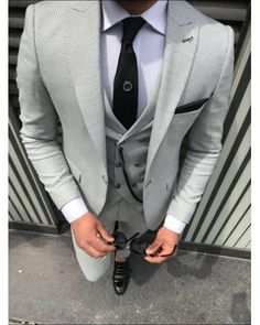 ro elegant casual tinuta barbati men suit tinuta barbati smart 2018 trend for sale small price best quality grey costume and black tie Zara Man, Black Tie, Mens Suits, Suit Jacket, Costumes, Elegant, Grey, Casual, Fashion