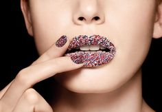 Caviar lips