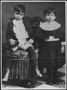 Pablo Picasso and his sister Lola, 1888.