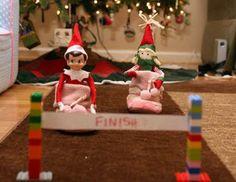 Elf on the Shelf: Slipper races. Og Fle!