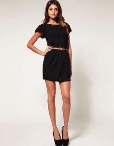 I love a cute black dress