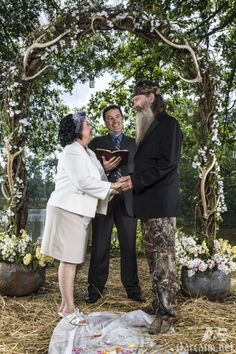 Duck Dynasty Phil Robertson Miss Kay vow renewal with Alan Robertson