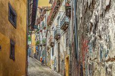 El callejón by Uxio  on 500px