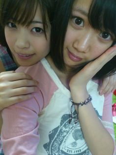 乃木坂46 (nogizaka46) nagashima seira and the true natural pretty nishino nanase =)