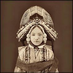 Tibetan Lhacham, Tibet [c1879] Sarat Chandra Das [RESTORED] by ralphrepo on Flickr.