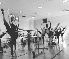 The ladies of Cincinnati Ballet make morning routines look easy. A stolen moment from Company Class.  #cincinnatiballet #cincinnati #ballet