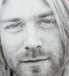 LOOK AT THIS BEAUTIFUL FACE! Kurt Cobain