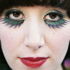 Karen O using beautiful upper lashes as lower ones-a nice art deco look Wild Thing Song, Cool Face Paint, Karen O, Jenny Lewis, Eye Details, Facial, Makeup Techniques, Eye Make Up, Makeup Inspiration
