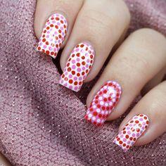 35 Creativos diseños de uñas con puntitos Elegant Nail Designs, Elegant Nails, Beautiful Nail Designs, Beautiful Nail Art, Cool Nail Designs, Dot Designs, Stylish Nails, Dot Nail Art, Polka Dot Nails