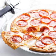 Fathead Pizza Crust (Low Carb, Keto, Gluten-free, Nut-free) – 4 Ingredients