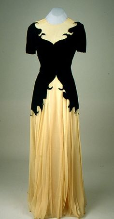 tawnyscostumesandcuriosities: Dress, 1940's, The American Textile Museum (maker unknown)