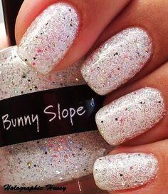 pale pink glitter nail design