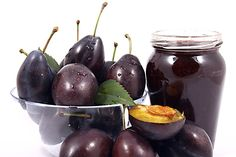 Recept : Bezinkový sirup z plodů černého bezu | ReceptyOnLine.cz - kuchařka, recepty a inspirace Homemade, Fruit, Food, Home Made, Essen, Meals, Yemek, Hand Made, Eten