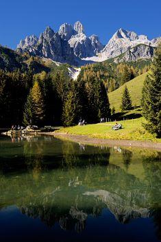 Ramsau am Dachstein, Styria, Austria. Beautiful Places To Travel, Wonderful Places, Grandeur Nature, Paris Travel Guide, Mountain Landscape, Nature Pictures, Amazing Nature, Land Scape, Beautiful Landscapes