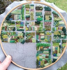 Embroidery Designs, Embroidery Art, Cross Stitch Embroidery, Cross Stitch Patterns, Garden Embroidery, Abstract Embroidery, Deco Nature, Textiles, Fabric Art