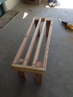 photo 5 DIY Pallet Bench