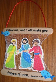 Self-adhesive foam pieces. Includes instructions.   Versefeatured: Follow me, and I will make you fishers of men. Matthew 4:19   Age l...