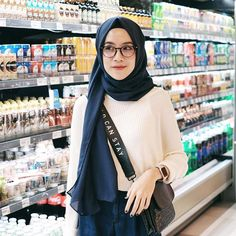 grocery time!!!! wearing new glasses from @fegles.store & sweater from @peacholshop