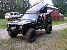 Awesome #westfalia #Vanagan pop-up on a Jeep XJ!