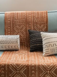 Hand embroidered pillow covers d'oreiller African Interior Design, Ethnic Decor, African Home Decor, African Mud Cloth, Wool Pillows, Cushions, My New Room, Home Decor Inspiration, African Art