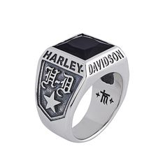 Harley-Davidson Silver Ring with Stone by Thierry Martino, designed and crafted by bikers for bikers. #HDbyTM #TMsilverjewelry #TMsilverring #TMsilverandstones http://www.soulfetish.com/en/jewelry/harley-davidson/ring/hdr045