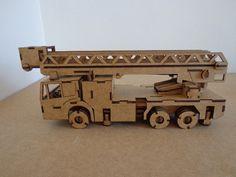 Caminhão Bombeiro Miniatura