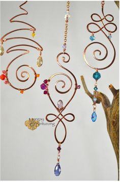 Excellent Exotic cars info are offered on our site. Check it out and you will not be sorry you did. Wire Wrapped Jewelry, Wire Jewelry, Geek Jewelry, Jewellery, Gothic Jewelry, Jewelry Bracelets, Fashion Jewelry, Carillons Diy, Sun Catchers