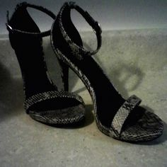 Gray and white snake skin strap high heels Really cool looking charlotte russe  gray and black  snake skin strap high heel shoe that will command attention... (nwot) Charlotte Russe Shoes Heels