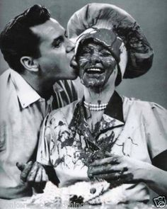 "Lucille Ball Dezi Arnez I Love Lucy Chocolate Factory Candid 8 x 10"" Photo | eBay"