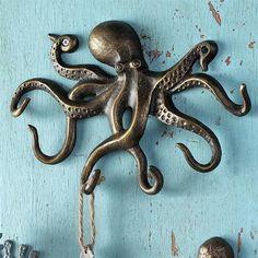 Swimming Octopus Key Hook Towel Leash Wall Hanger Coastal Nautical Ocean for sale online Octopus Decor, Octopus Art, Octopus Jewelry, Seahorse Decor, Le Kraken, Octopus Bathroom, Octopus Kitchen, Artist And Craftsman, Beach House Decor