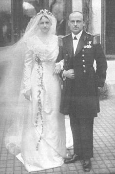 Lt. and Mrs. Alfons von Kloss. Married: January 11, 1913. She was formerly Her Imperial and Royal Highness Archduchess Eleonora of Austria.