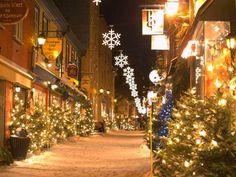 Quebec city, a real christmas village Quebec City Christmas, Christmas Travel, Magical Christmas, Christmas Time, Christmas Markets, White Christmas, Christmas Scenes, Christmas Images, Best Christmas Light Displays