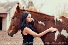 Annie Oakley inspired photo shoot. Cowgirl photo shoot. Utah portrait photography. Stephanie Sunderland Photography. Vintage dress. Vintage maxi skirt. Photo shoot with horses.