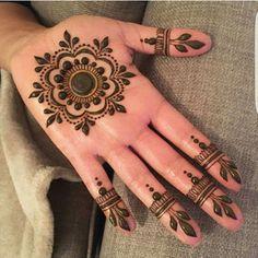 Mehndi Designs For Kids, Finger Henna Designs, Indian Mehndi Designs, Basic Mehndi Designs, Mehndi Designs For Beginners, Henna Designs Easy, Mehndi Designs For Fingers, Latest Mehndi Designs, Palm Henna Designs