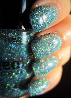 Captivating Claws: Sneaky Lacquer