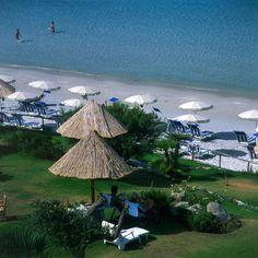 spiaggia e giardino privato