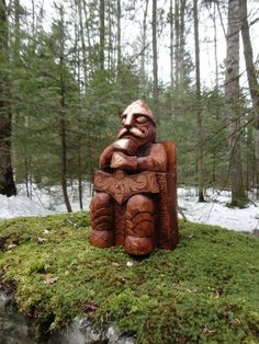 THOR statue is carved and hand finished from a large birch log by Pagan artist, Paul Borda of Dryad Design Wood Carving Art, Wood Art, Viking Art, Asatru, Rite Of Passage, Religious Icons, Medieval Fantasy, Weird And Wonderful, Pretty Pictures