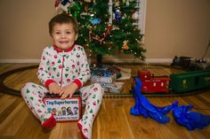 Give your TinySuperhero a gift bound to bring lots of smiles this year; the TinySuperhero membership! Choose the subscription that works best for you!