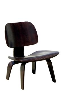 Yes it's a Eames knockoff but do you remember when Hautelook shipped furniture to Canada? I do....sigh. Exclamation mark.